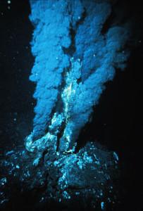 FUMAROLE NELLE FOSSE OCEANICHE